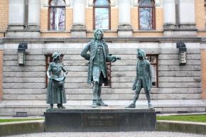 Kirjallinen Oslo – Kansallisteatterin patsaat