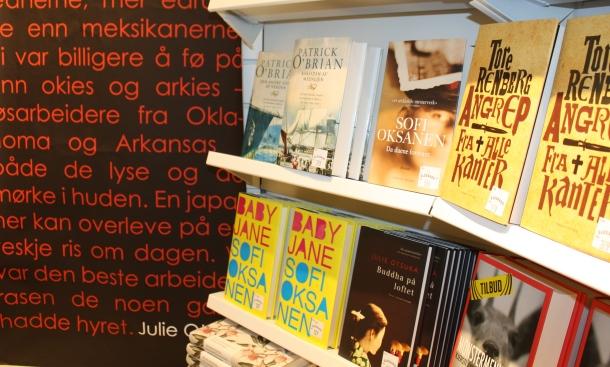 Sofi Oksasen suosi Norjassa jatkuu. Kuva: Reeta / Les! Lue!